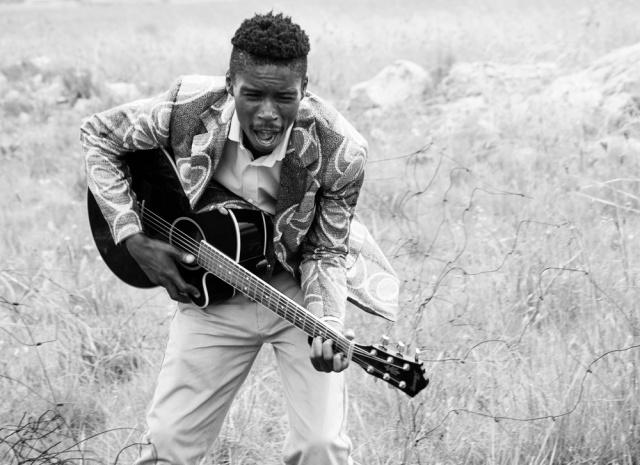 Bongeziwe-Mabandla-Eastside-FM